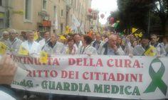 La Guardia Medica in piazza a Roma