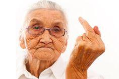 Afbeeldingsresultaat voor oma met middelvinger