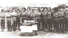 """Irene González fue la primera mujer (que se conozca) en jugar al fútbol en un equipo con hombres (años veinte). Este pin está dedicado a las futbolistas que jugaron al fútbol cuando era """"mal visto"""", se les denomina las pioneras del """"fútbol español"""""""