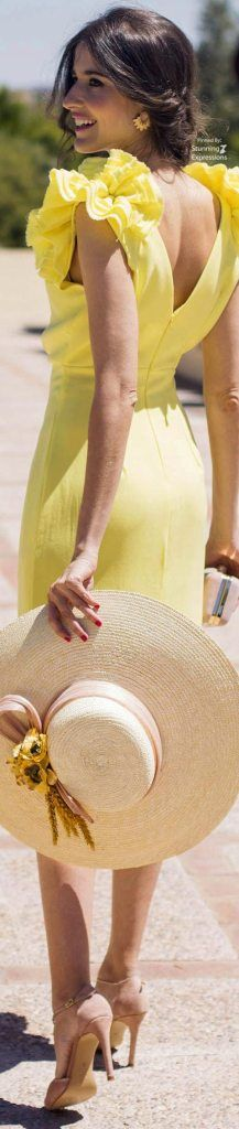 Party Fashion, Fashion Photo, What A Girl Wants, Yellow Fashion, Shades Of Yellow, Mellow Yellow, Spring Summer Fashion, Just In Case, Summertime