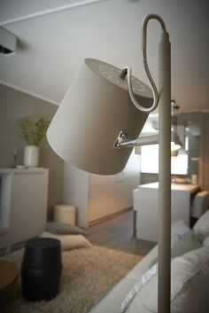 Vloerlamp Simple - Goossens wonen & slapen (RTL woonmagazine - Najaar 2015 - aflevering 5) € 79,-
