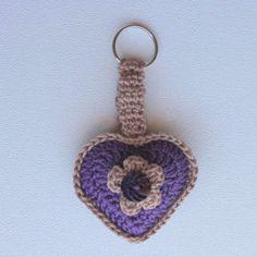 Pers en Ligbruin Hartjie Sleutelhouer Purple and Hazelnut Heart Keychain Pers, Kitchen Towels, Crochet Earrings, Chain, Purple, Jewelry, Ideas, Pot Holders, Products