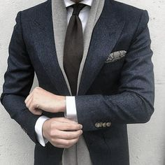 Apr 2020 - Dress for success with classic men's suits and suit pants. See more ideas about Mens suits, Dress for success and Suits. Preppy Mens Fashion, Mens Fashion Suits, Mens Suits, Male Fashion, Suit Men, Fashion Hair, Fashion Boots, Gentleman Mode, Gentleman Style