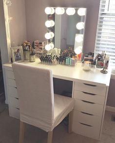 This #vanity is just SO pretty! #repost @nadiamercado.mua: Finally put together…