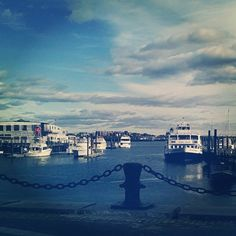 View on my walk during lunch #sunnyday #boston #harbor #bostonharbor #niceview #mapmywalk #outandabout by Instagramer @kerbearxoxoxo Iconosquare – Instagram webviewer
