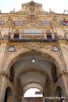 «Arco de San Fernando» Pabellón Real - Plaza Mayor - Salamanca - España