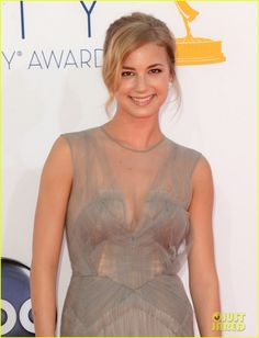 Emily VanCamp – Emmys 2012 Red Carpet Emily VanCamp looks lovely on the red carpet at the 2012 Emmy Awards held at the Nokia Theatre L. Live on Sunday (September in Los Angeles. Celebrity Red Carpet, Celebrity Style, Amanda Clarke, Emily Thorne, Emily Vancamp, Hollywood Actor, Red Carpet Looks, Classy And Fabulous, Playing Dress Up