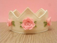 Where to Buy DIY Felt Birthday Crown in ivory with pink roses - birthday crown, handmade felt crown Felt Diy, Handmade Felt, Felt Crafts, Fabric Crafts, Sewing Crafts, Sewing Projects, Felt Headband, Headbands, Felt Crown