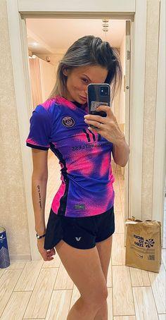 Football Girls, Psg, T Shirts For Women, Fashion, Moda, Fashion Styles, Fashion Illustrations