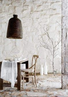 Love this white-washed stone texture on the wall <3