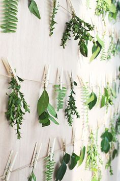 Pin Worthy - 15 Creative Ways To Decorate With Leaves - Photos