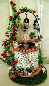 Fairy Garden in one of the fun ways of decorating gardens by using broken pots, wood pieces, planter's soil and other wrecked items. It creates a miniature fantasy garden with the help of unusable items. Fairy Crafts, Garden Crafts, Diy And Crafts, Garden Art, Fairy Garden Furniture, Fairy Garden Houses, Clay Fairies, Fairy Garden Accessories, Stone Crafts