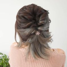Easy Hairstyle for short hair! 💜 - Easy Hairstyle for short hair! 💜 Easy Hairstyle for short hair! Short Hair Styles Easy, Braids For Short Hair, Cute Hairstyles For Short Hair, Up Hairstyles, Medium Hair Styles, Braided Hairstyles, Curly Hair Styles, Natural Hairstyles, Hairstyle Ideas