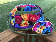 """Barbara made a pretty, floral Fireside Bowl bag! The pattern is available exclusively in Sara's book """"Big City Bags"""""""