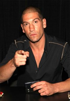 "JON BERNTHAL PLAYS ""SHANE WALSH"" IN AMC'S ""THE WALKING DEAD"""