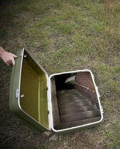 that would be the coolest hideout ever!!!!