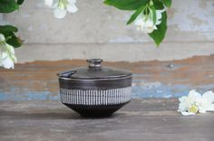 Jette Hellerøe AMAZONAS Sugar bowl. Modern Danish BR ceramic - Scandinavian modern pottery by FridasVintage on Etsy