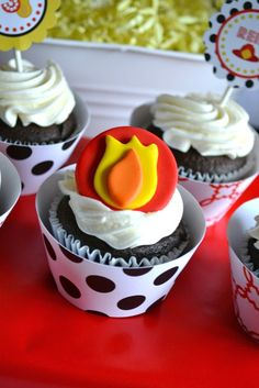 Cupcakes at a Fireman Birthday Party #fireman #partycupcakes