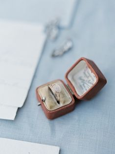 Vintage ring box | Photographs by Caileigh | see  more on: http://burnettsboards.com/2014/12/wind-bride/