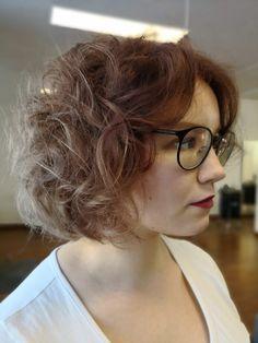 Curly frosen Rose hair.
