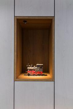 BIURO ARCHITEKTA model lokomotywy | tryc.pl #furniture #lighting #wood #wardrobe #office #paper #model #locomotive #passion Office Paper, Locomotive, Floating Nightstand, Passion, Lighting, Wood, Furniture, Home Decor, Floating Headboard