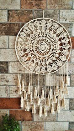 Dream Catcher White, Large Dream Catcher, Boho Crochet, Crochet Baby, Crochet Christmas Gifts, Beige Color, Crochet Designs, My Room, Doilies