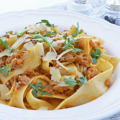 Sauce Spaghetti à la Gab Jamie Oliver, Gnocchi, Ratatouille, Sauce Spaghetti, Pasta, Meat, Ethnic Recipes, Food, Sauces