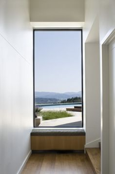 Modern architecture blurs the line between walls and windows. See the best of modern windows in most unconventional sizes, frames, and shapes. Contemporary Windows, Modern Windows, Tall Windows, Contemporary Garden, Garden Modern, Huge Windows, Front Windows, Contemporary Kitchens, Contemporary Bedroom
