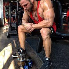 FOCUS @ale_danielz #fitnessmagnetcrew #fitnessmagnet #fitfam #focus #instafit #instafitness #gym #workout #bodybuilding #muscles