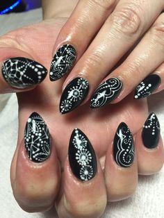 Sunset Metallic Roses By Lindsey At Diva Nails Nail Designs