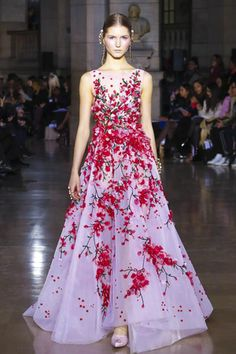 Georges Hobeika Couture Spring Summer 2017 Paris