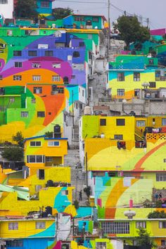 Mexican Government Asked Street Artists To Paint 200 Houses To Unite Community – My Blog