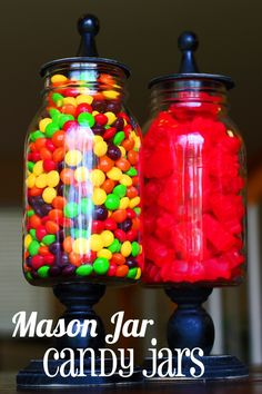 15 Ways to Use Mason Jars! Mason Jar Candy Jars- this looks soooo easy and so fun. The post 15 Ways to Use Mason Jars! appeared first on Crafts. Mason Jar Projects, Mason Jar Crafts, Mason Jar Diy, Diy Projects, Cute Crafts, Crafts To Do, Diy Crafts, Recycled Crafts, Bottles And Jars