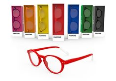 Pantone presents its first eyewear collection ! With its first range of reading glasses and sunglasses, Pantone shows its colors !