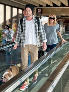 Miley Cyrus and Liam Hemsworth #airport #celebrity #style #fashion #actress #actor #travel #philadelphia #looks
