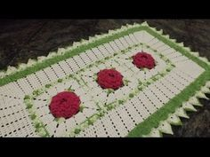 Como executar o tapete em crochê Jardim de Rosas parte 2 - YouTube Crochet Kitchen, Crochet Home, Crochet Rugs, Knitting Videos, Crochet Videos, Crochet Stars, Crochet Doilies, Owl Patterns, Crochet Patterns