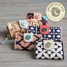 #Spartina449 Yacht Club Wallets Available now at Trunk Shows Boutique | Pittsburgh, PA | Women's Boutique | Women's Fashion | Call 412-833-6467 or email trunkshowsboutique@comcast.net to purchase