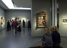 """Ausstellungsansicht """"Lucas Cranach. Glaube, Mythologie und Moderne"""""""