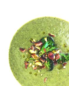 Parsakaalikeitto pistaasipähkinöillä * Broccoli and pistachio soup * Vegan, GF / Feel Good Kitchen