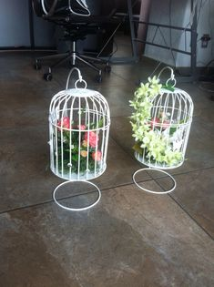 23 Clever DIY Christmas Decoration Ideas By Crafty Panda Easy Craft Projects, Easy Crafts, Diy Bedroom Decor, Diy Home Decor, Bird Cage Centerpiece, Bird Stencil, Party Centerpieces, Quinceanera Centerpieces, Baby Girl Toys