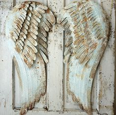 Angel metal azul oxidado alas colgando de la por AnitaSperoDesign