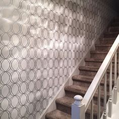 Geometric circle in staircase Hallway Wallpaper, Geometric Circle, Stairs, Simple, Instagram Posts, Inspiration, Home Decor, Biblical Inspiration, Stairway