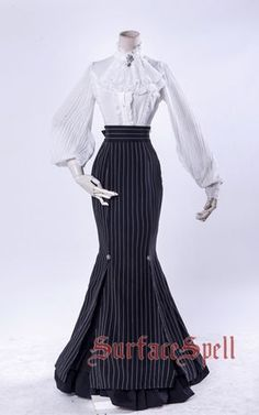 victorian fashion Surface Spell -Gothic Academy- L - Pretty Outfits, Pretty Dresses, Beautiful Dresses, Old Fashion Dresses, Fashion Outfits, Emo Fashion, Rock Fashion, Fasion, Victorian Fashion