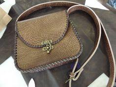 marieke Handel on Etsy Hobbit Hole, The Hobbit, Leather Bags, Leather Purses, Diy Bags Patterns, Saddle Bags, Etsy, Handmade, Animals