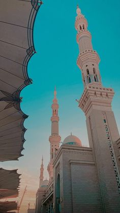 Muslim Images, Muslim Pictures, Islamic Pictures, Mecca Wallpaper, Islamic Quotes Wallpaper, Cute Wallpaper Backgrounds, Mecca Madinah, Mecca Masjid, Karbala Photography