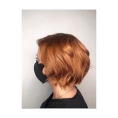 Copper bob, wavy, short, red head Short Hair With Bangs, Hairstyles With Bangs, Haircuts, Short Hair Styles, Copper Bob Hair, Lvl Lashes, Keratin Complex, Hair And Beauty Salon, Hair And Nails