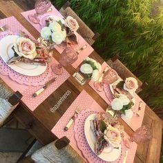 """""""️Mesa Maria Cecília toda em  rosa blush. Contato:entrenos.aqui@gmail.com WhatsApp (24)988291514."""""""