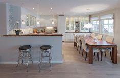 Oppussing av stue og kjøkken Table, Furniture, Home Decor, Homes, Decoration Home, Room Decor, Tables, Home Furnishings, Home Interior Design