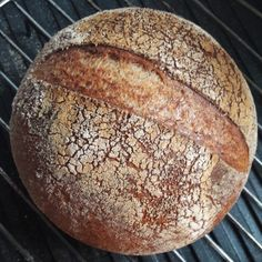 PETER ALLMARK: Abstract This article claims that health promotion is best practised in the light of an Aristotelian conception of the good life for humans. Food N, Food And Drink, Types Of Bread, Vegan Bread, Pizza, Pain, Soul Food, Gluten Free Recipes, Nom Nom