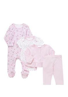 Tesco direct: F&F 4 Piece Baby Gift Set